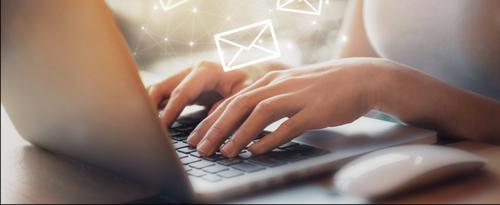 メール、ノートパソコン.PNG